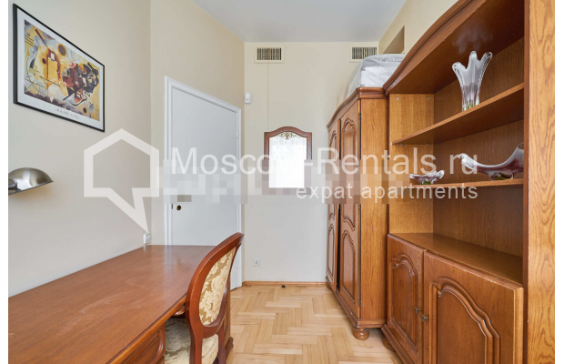 "Photo #8 3-room (2 BR) apartment for <a href=""http://moscow-rentals.ru/en/articles/long-term-rent"" target=""_blank"">a long-term</a> rent  in Russia, Moscow, Tverskaya str, 27С2"