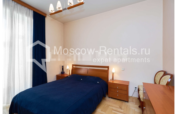"Photo #9 3-room (2 BR) apartment for <a href=""http://moscow-rentals.ru/en/articles/long-term-rent"" target=""_blank"">a long-term</a> rent  in Russia, Moscow, Tverskaya str, 27С2"