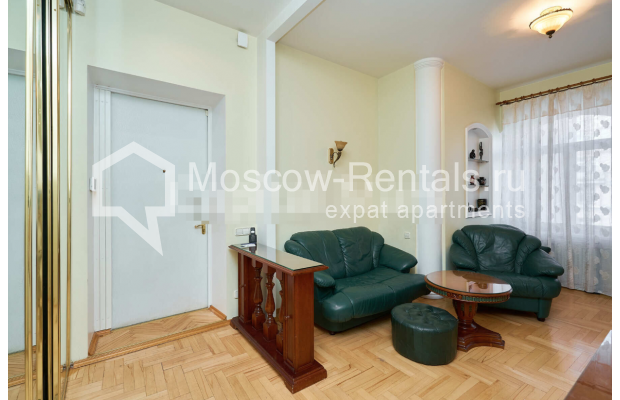 "Photo #6 3-room (2 BR) apartment for <a href=""http://moscow-rentals.ru/en/articles/long-term-rent"" target=""_blank"">a long-term</a> rent  in Russia, Moscow, Tverskaya str, 27С2"