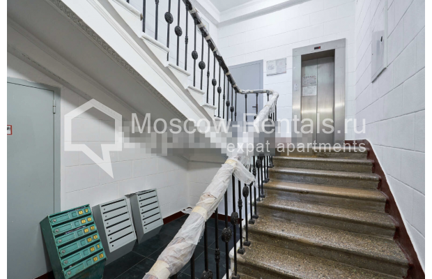 "Photo #13 3-room (2 BR) apartment for <a href=""http://moscow-rentals.ru/en/articles/long-term-rent"" target=""_blank"">a long-term</a> rent  in Russia, Moscow, Tverskaya str, 27С2"