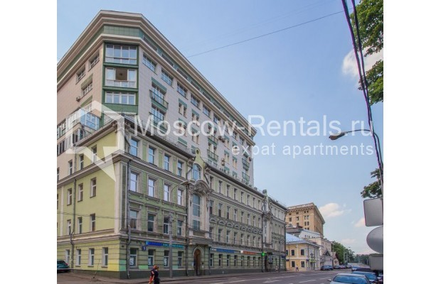 "Photo #12 3-room (2 BR) apartment for <a href=""http://moscow-rentals.ru/en/articles/long-term-rent"" target=""_blank"">a long-term</a> rent  in Russia, Moscow, Samotechnaya str, 5"