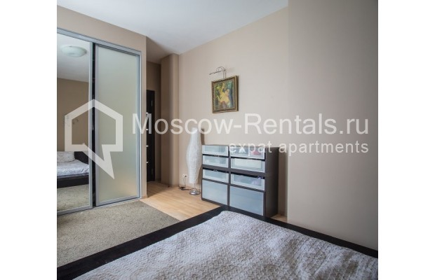 "Photo #6 3-room (2 BR) apartment for <a href=""http://moscow-rentals.ru/en/articles/long-term-rent"" target=""_blank"">a long-term</a> rent  in Russia, Moscow, Samotechnaya str, 5"