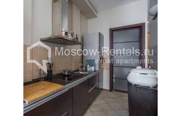 "Photo #4 3-room (2 BR) apartment for <a href=""http://moscow-rentals.ru/en/articles/long-term-rent"" target=""_blank"">a long-term</a> rent  in Russia, Moscow, Samotechnaya str, 5"