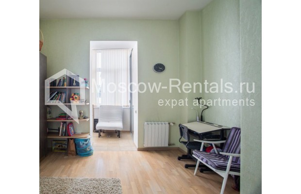 "Photo #8 3-room (2 BR) apartment for <a href=""http://moscow-rentals.ru/en/articles/long-term-rent"" target=""_blank"">a long-term</a> rent  in Russia, Moscow, Samotechnaya str, 5"