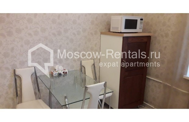 """Photo #2 3-room (2 BR) apartment for <a href=""""http://moscow-rentals.ru/en/articles/long-term-rent"""" target=""""_blank"""">a long-term</a> rent  in Russia, Moscow, Tverskaya str, 17"""
