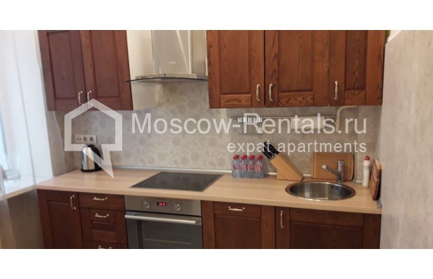 """Photo #3 3-room (2 BR) apartment for <a href=""""http://moscow-rentals.ru/en/articles/long-term-rent"""" target=""""_blank"""">a long-term</a> rent  in Russia, Moscow, Tverskaya str, 17"""
