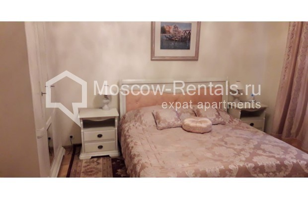 """Photo #5 3-room (2 BR) apartment for <a href=""""http://moscow-rentals.ru/en/articles/long-term-rent"""" target=""""_blank"""">a long-term</a> rent  in Russia, Moscow, Tverskaya str, 17"""