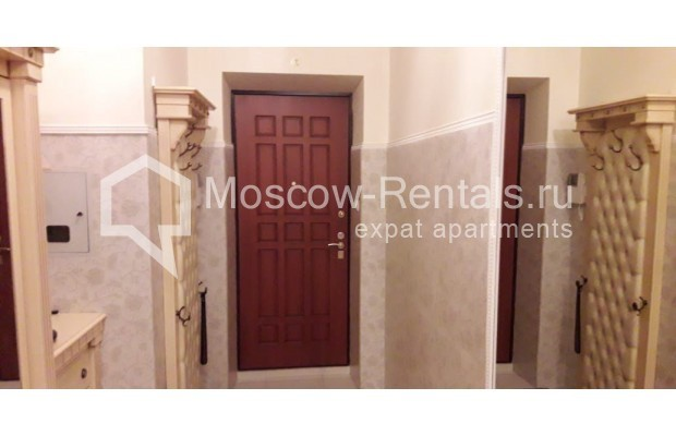 """Photo #9 3-room (2 BR) apartment for <a href=""""http://moscow-rentals.ru/en/articles/long-term-rent"""" target=""""_blank"""">a long-term</a> rent  in Russia, Moscow, Tverskaya str, 17"""