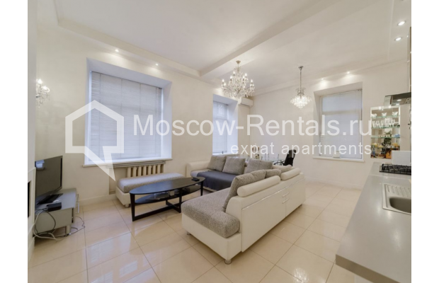 "Photo #2 3-room (2 BR) apartment for <a href=""http://moscow-rentals.ru/en/articles/long-term-rent"" target=""_blank"">a long-term</a> rent  in Russia, Moscow, Zvonarskyi lane, 1"