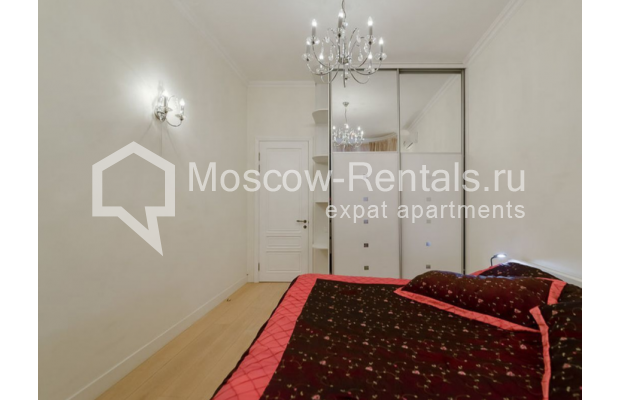 "Photo #5 3-room (2 BR) apartment for <a href=""http://moscow-rentals.ru/en/articles/long-term-rent"" target=""_blank"">a long-term</a> rent  in Russia, Moscow, Zvonarskyi lane, 1"