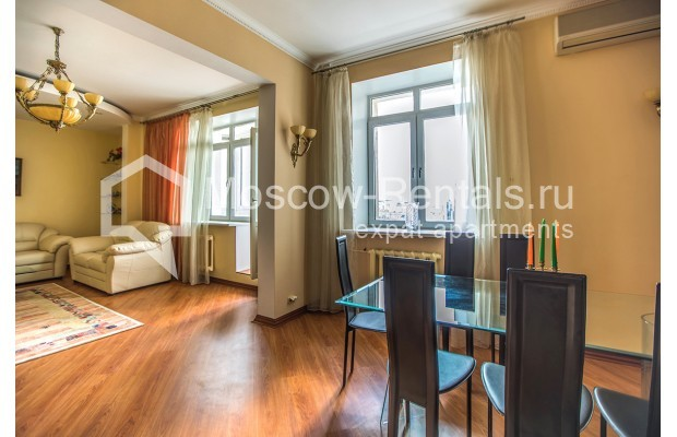 "Photo #2 3-room (2 BR) apartment for <a href=""http://moscow-rentals.ru/en/articles/long-term-rent"" target=""_blank"">a long-term</a> rent  in Russia, Moscow, Gilyarovskogo str, 4К1"
