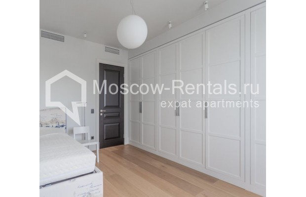 """Photo #18 3-room (2 BR) apartment for <a href=""""http://moscow-rentals.ru/en/articles/long-term-rent"""" target=""""_blank"""">a long-term</a> rent  in Russia, Moscow, B. Bronnaya str, 19"""