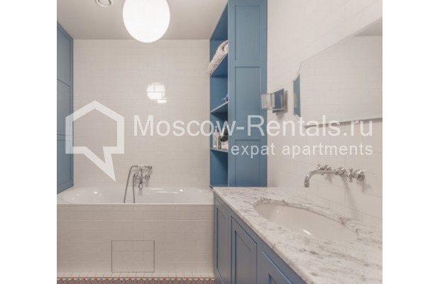 """Photo #20 3-room (2 BR) apartment for <a href=""""http://moscow-rentals.ru/en/articles/long-term-rent"""" target=""""_blank"""">a long-term</a> rent  in Russia, Moscow, B. Bronnaya str, 19"""