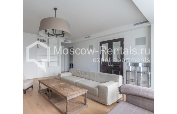 """Photo #7 3-room (2 BR) apartment for <a href=""""http://moscow-rentals.ru/en/articles/long-term-rent"""" target=""""_blank"""">a long-term</a> rent  in Russia, Moscow, B. Bronnaya str, 19"""