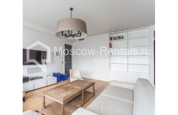 """Photo #10 3-room (2 BR) apartment for <a href=""""http://moscow-rentals.ru/en/articles/long-term-rent"""" target=""""_blank"""">a long-term</a> rent  in Russia, Moscow, B. Bronnaya str, 19"""