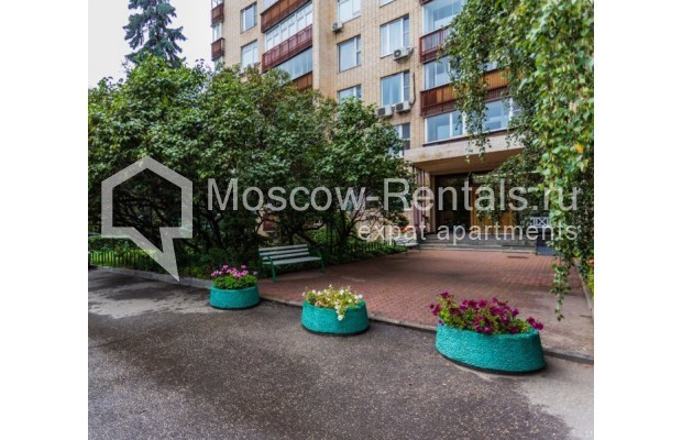 """Photo #29 3-room (2 BR) apartment for <a href=""""http://moscow-rentals.ru/en/articles/long-term-rent"""" target=""""_blank"""">a long-term</a> rent  in Russia, Moscow, B. Bronnaya str, 19"""