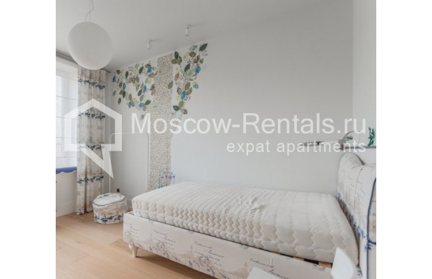 """Photo #17 3-room (2 BR) apartment for <a href=""""http://moscow-rentals.ru/en/articles/long-term-rent"""" target=""""_blank"""">a long-term</a> rent  in Russia, Moscow, B. Bronnaya str, 19"""