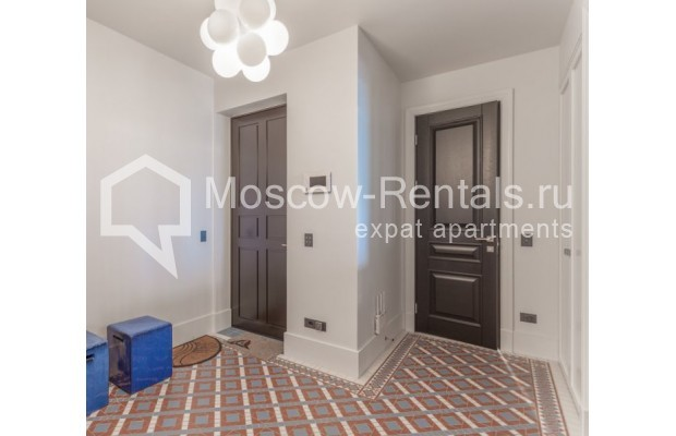 """Photo #24 3-room (2 BR) apartment for <a href=""""http://moscow-rentals.ru/en/articles/long-term-rent"""" target=""""_blank"""">a long-term</a> rent  in Russia, Moscow, B. Bronnaya str, 19"""