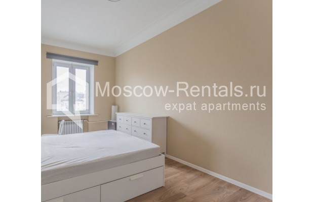"""Photo #7 2-room (1 BR) apartment for <a href=""""http://moscow-rentals.ru/en/articles/long-term-rent"""" target=""""_blank"""">a long-term</a> rent  in Russia, Moscow, B. Sadovaya str, 1"""
