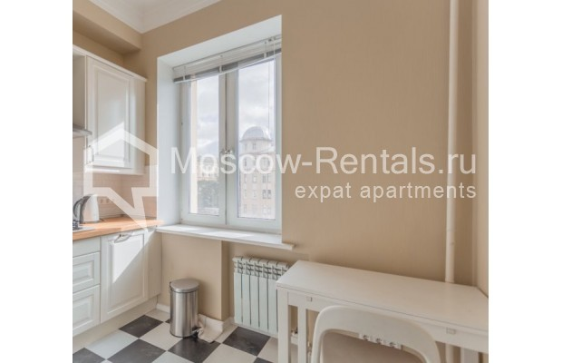 """Photo #2 2-room (1 BR) apartment for <a href=""""http://moscow-rentals.ru/en/articles/long-term-rent"""" target=""""_blank"""">a long-term</a> rent  in Russia, Moscow, B. Sadovaya str, 1"""