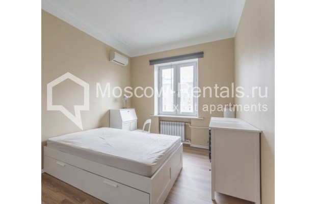 """Photo #8 2-room (1 BR) apartment for <a href=""""http://moscow-rentals.ru/en/articles/long-term-rent"""" target=""""_blank"""">a long-term</a> rent  in Russia, Moscow, B. Sadovaya str, 1"""