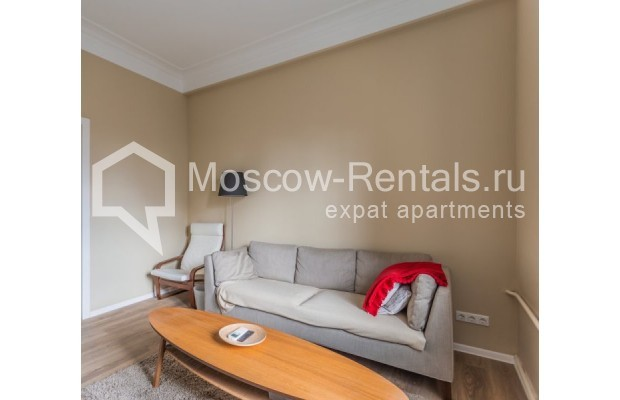 """Photo #3 2-room (1 BR) apartment for <a href=""""http://moscow-rentals.ru/en/articles/long-term-rent"""" target=""""_blank"""">a long-term</a> rent  in Russia, Moscow, B. Sadovaya str, 1"""