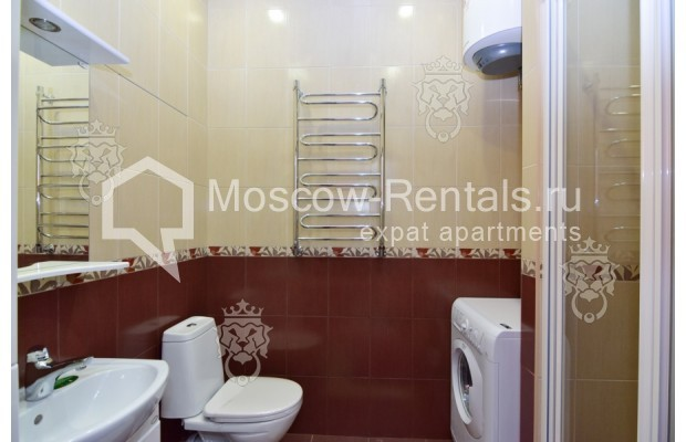 "Photo #14 3-room (2 BR) apartment for <a href=""http://moscow-rentals.ru/en/articles/long-term-rent"" target=""_blank"">a long-term</a> rent  in Russia, Moscow, Profsoyuznaya str, 64к2"