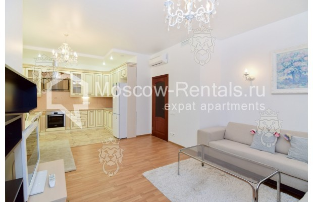 "Photo #7 3-room (2 BR) apartment for <a href=""http://moscow-rentals.ru/en/articles/long-term-rent"" target=""_blank"">a long-term</a> rent  in Russia, Moscow, Profsoyuznaya str, 64к2"