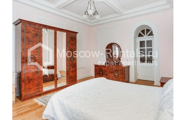 """Photo #6 3-room (2 BR) apartment for <a href=""""http://moscow-rentals.ru/en/articles/long-term-rent"""" target=""""_blank"""">a long-term</a> rent  in Russia, Moscow, Prospect Mira, 74С1"""