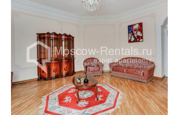 """Photo #1 3-room (2 BR) apartment for <a href=""""http://moscow-rentals.ru/en/articles/long-term-rent"""" target=""""_blank"""">a long-term</a> rent  in Russia, Moscow, Prospect Mira, 74С1"""