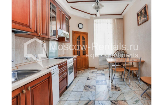 """Photo #10 3-room (2 BR) apartment for <a href=""""http://moscow-rentals.ru/en/articles/long-term-rent"""" target=""""_blank"""">a long-term</a> rent  in Russia, Moscow, Prospect Mira, 74С1"""