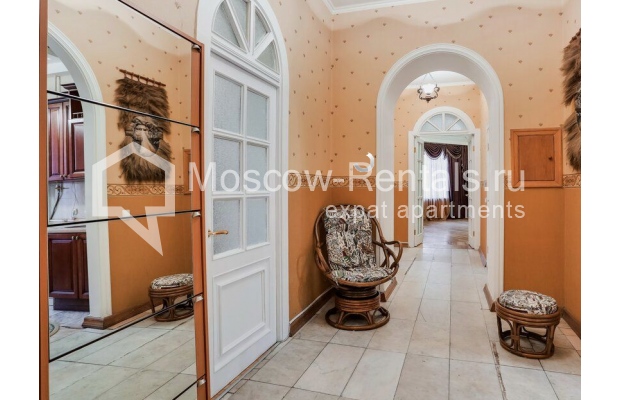 """Photo #12 3-room (2 BR) apartment for <a href=""""http://moscow-rentals.ru/en/articles/long-term-rent"""" target=""""_blank"""">a long-term</a> rent  in Russia, Moscow, Prospect Mira, 74С1"""
