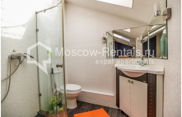 "Photo #14 2-room (1 BR) apartment for <a href=""http://moscow-rentals.ru/en/articles/long-term-rent"" target=""_blank"">a long-term</a> rent  in Russia, Moscow, Dukhovskoy lane, 17А"