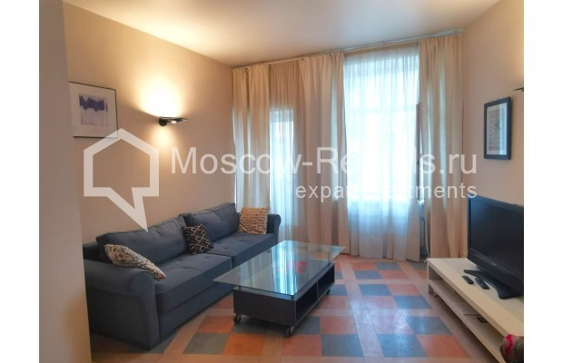 "Photo #1 3-room (2 BR) apartment for <a href=""http://moscow-rentals.ru/en/articles/long-term-rent"" target=""_blank"">a long-term</a> rent  in Russia, Moscow, Tverskaya str, 6С5"