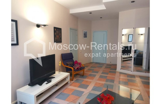 "Photo #2 3-room (2 BR) apartment for <a href=""http://moscow-rentals.ru/en/articles/long-term-rent"" target=""_blank"">a long-term</a> rent  in Russia, Moscow, Tverskaya str, 6С5"