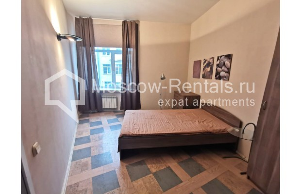"Photo #8 3-room (2 BR) apartment for <a href=""http://moscow-rentals.ru/en/articles/long-term-rent"" target=""_blank"">a long-term</a> rent  in Russia, Moscow, Tverskaya str, 6С5"