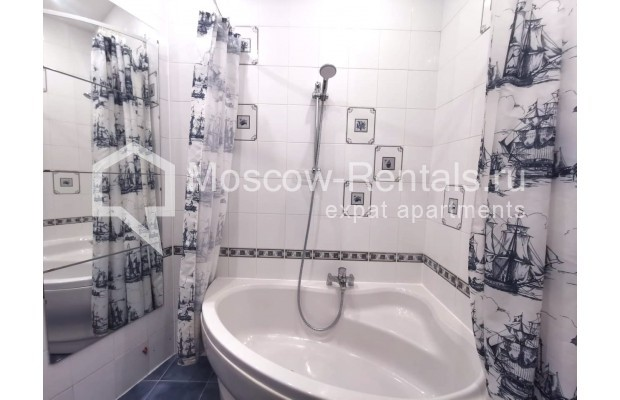 "Photo #10 3-room (2 BR) apartment for <a href=""http://moscow-rentals.ru/en/articles/long-term-rent"" target=""_blank"">a long-term</a> rent  in Russia, Moscow, Tverskaya str, 6С5"