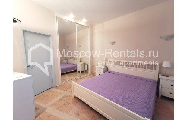 "Photo #4 3-room (2 BR) apartment for <a href=""http://moscow-rentals.ru/en/articles/long-term-rent"" target=""_blank"">a long-term</a> rent  in Russia, Moscow, Tverskaya str, 6С5"