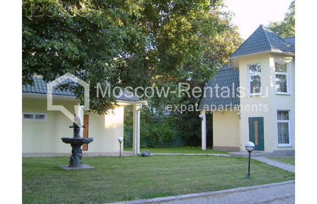 "Photo #5 House for <a href=""http://moscow-rentals.ru/en/articles/long-term-rent"" target=""_blank"">a long-term</a> rent  in Russia, Moscow, Brullova str, 7"