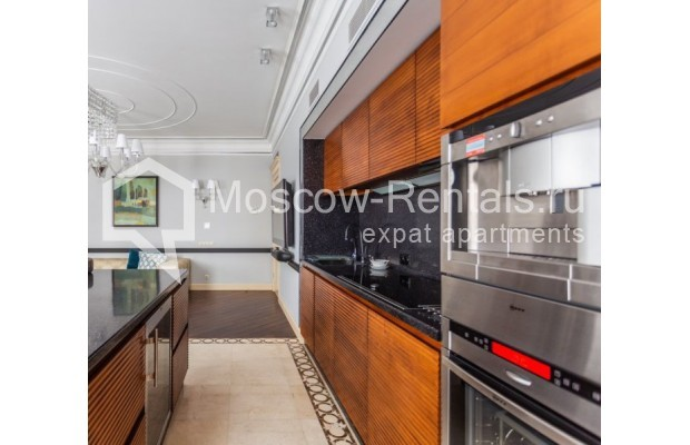 "Photo #4 4-room (3 BR) apartment for <a href=""http://moscow-rentals.ru/en/articles/long-term-rent"" target=""_blank"">a long-term</a> rent  in Russia, Moscow, B. Tishinskyi lane, 10С1"