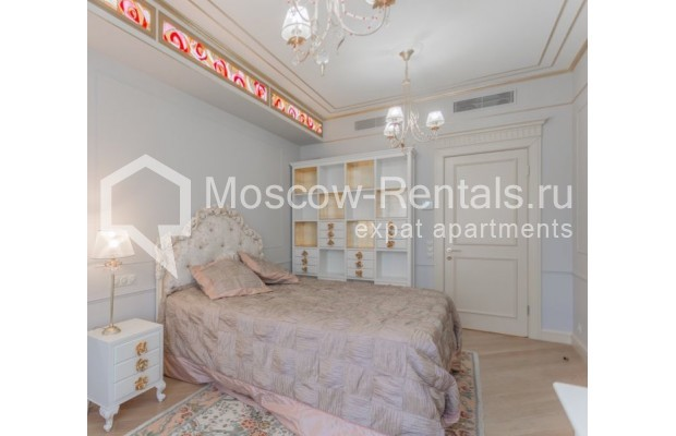 "Photo #14 4-room (3 BR) apartment for <a href=""http://moscow-rentals.ru/en/articles/long-term-rent"" target=""_blank"">a long-term</a> rent  in Russia, Moscow, B. Tishinskyi lane, 10С1"