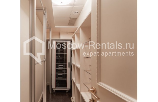 "Photo #21 4-room (3 BR) apartment for <a href=""http://moscow-rentals.ru/en/articles/long-term-rent"" target=""_blank"">a long-term</a> rent  in Russia, Moscow, B. Tishinskyi lane, 10С1"