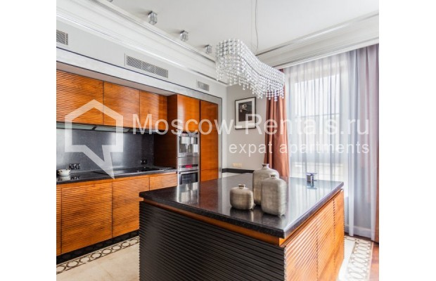 """Photo #1 4-room (3 BR) apartment for <a href=""""http://moscow-rentals.ru/en/articles/long-term-rent"""" target=""""_blank"""">a long-term</a> rent  in Russia, Moscow, B. Tishinskyi lane, 10С1"""