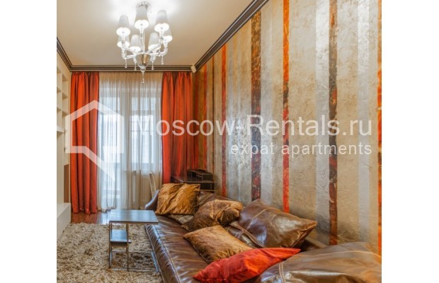 "Photo #16 4-room (3 BR) apartment for <a href=""http://moscow-rentals.ru/en/articles/long-term-rent"" target=""_blank"">a long-term</a> rent  in Russia, Moscow, B. Tishinskyi lane, 10С1"