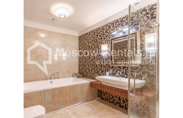 "Photo #23 4-room (3 BR) apartment for <a href=""http://moscow-rentals.ru/en/articles/long-term-rent"" target=""_blank"">a long-term</a> rent  in Russia, Moscow, B. Tishinskyi lane, 10С1"