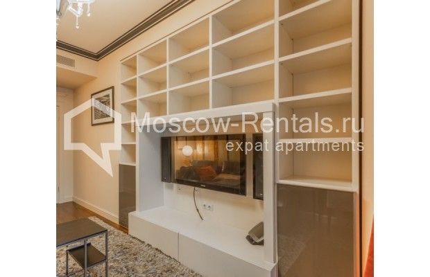 "Photo #9 4-room (3 BR) apartment for <a href=""http://moscow-rentals.ru/en/articles/long-term-rent"" target=""_blank"">a long-term</a> rent  in Russia, Moscow, B. Tishinskyi lane, 10С1"