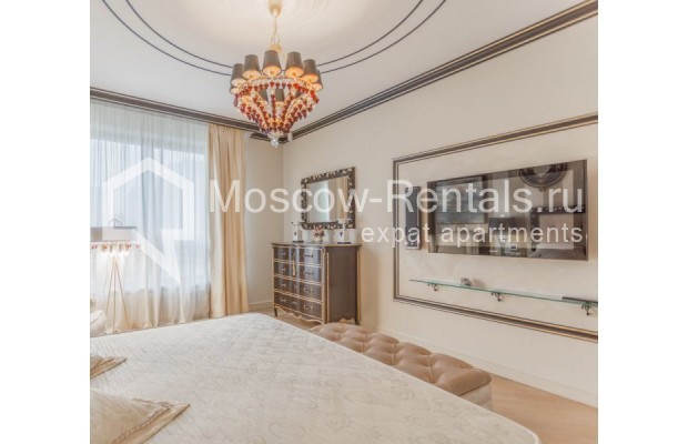"Photo #11 4-room (3 BR) apartment for <a href=""http://moscow-rentals.ru/en/articles/long-term-rent"" target=""_blank"">a long-term</a> rent  in Russia, Moscow, B. Tishinskyi lane, 10С1"