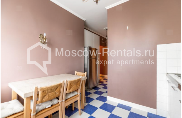 """Photo #5 2-room (1 BR) apartment for <a href=""""http://moscow-rentals.ru/en/articles/long-term-rent"""" target=""""_blank"""">a long-term</a> rent  in Russia, Moscow, Staryi Tolmachevskyi lane, 7"""