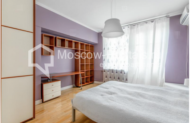 """Photo #7 2-room (1 BR) apartment for <a href=""""http://moscow-rentals.ru/en/articles/long-term-rent"""" target=""""_blank"""">a long-term</a> rent  in Russia, Moscow, Staryi Tolmachevskyi lane, 7"""