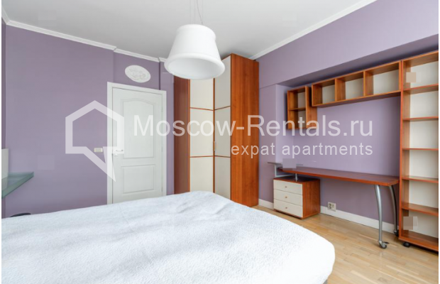 """Photo #8 2-room (1 BR) apartment for <a href=""""http://moscow-rentals.ru/en/articles/long-term-rent"""" target=""""_blank"""">a long-term</a> rent  in Russia, Moscow, Staryi Tolmachevskyi lane, 7"""